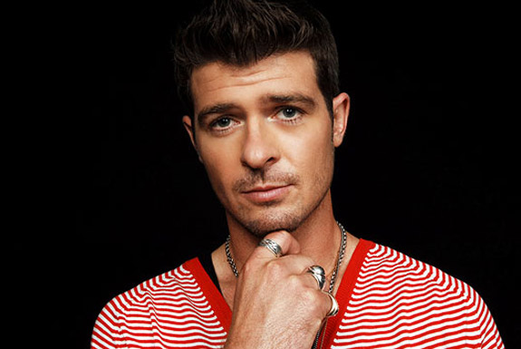 "Robin Thicke's Worldwide Smash ""Blurred Lines"" Breaks Record for Biggest Radio Audience Ever"